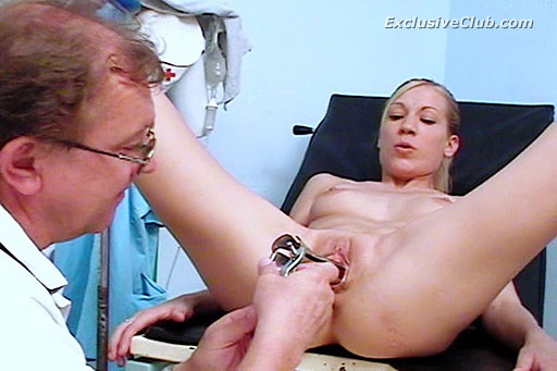 Pussy exam movies: young patient Lynn treated by old pussy doctor