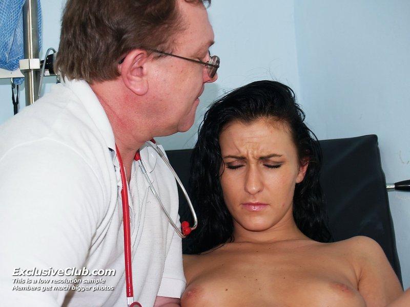 doctorgynoexam galleries nats exam2 lydia 20110719053257 9