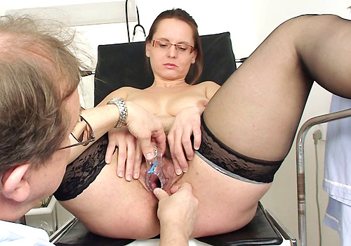Natural Busty Red-head Spreads Legs in Nylons to Get Masturbated with Gyno-tool