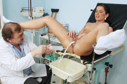 Thin Small Tits Brunette Sandra Examined by Doctor